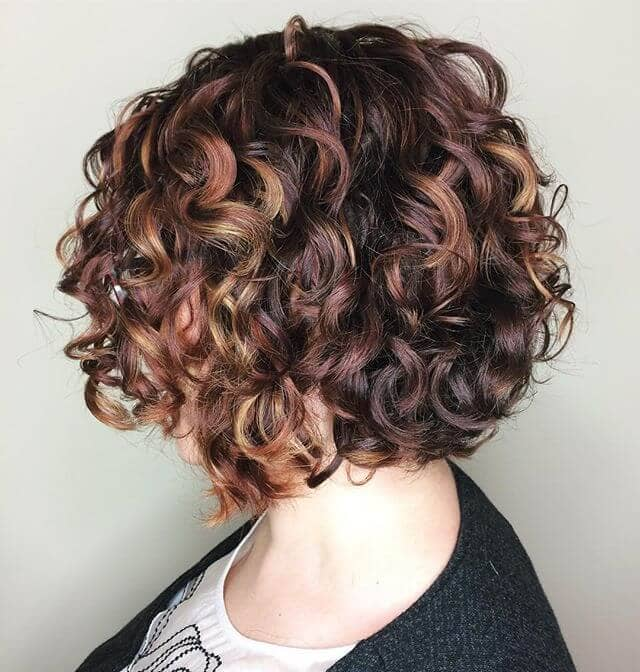 Eine klassische lockige Haar-Idee