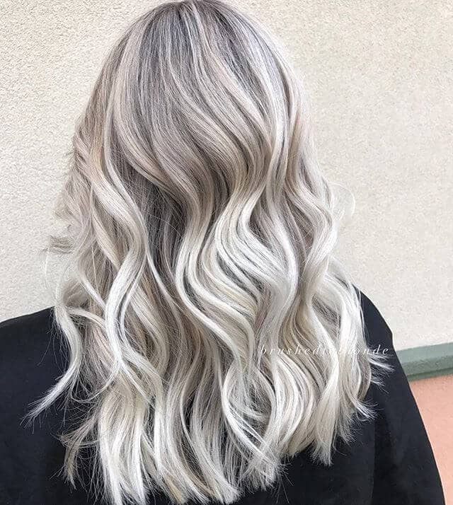 Sophisticated Silver and White Waves