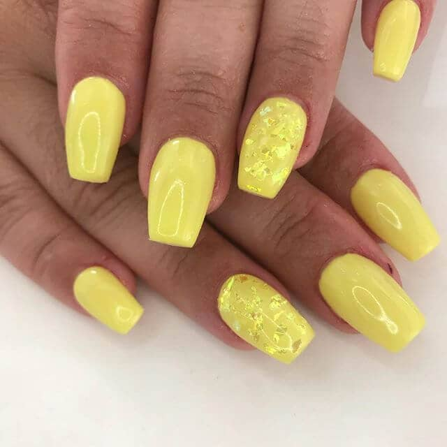 Yellow on Yellow Glitter Nails