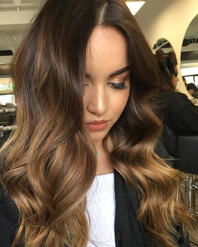 Sweltering Brown Waves with Reddish Highlights