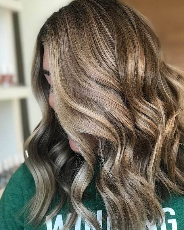 Making Waves With Gold and Caramel