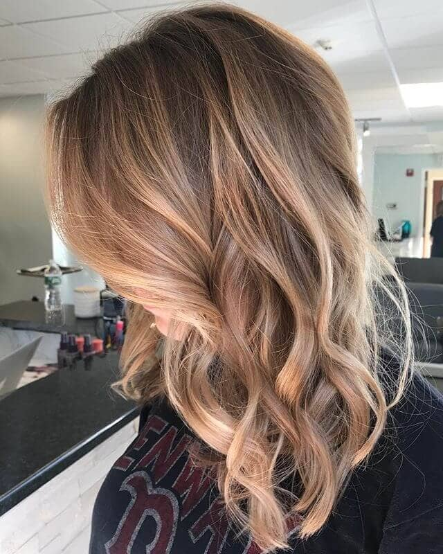 Classy Shoulder-Length Curls