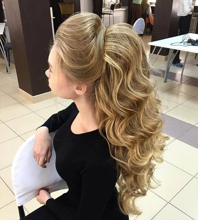 Princess-Pretty Double Bump Ponytail Waves