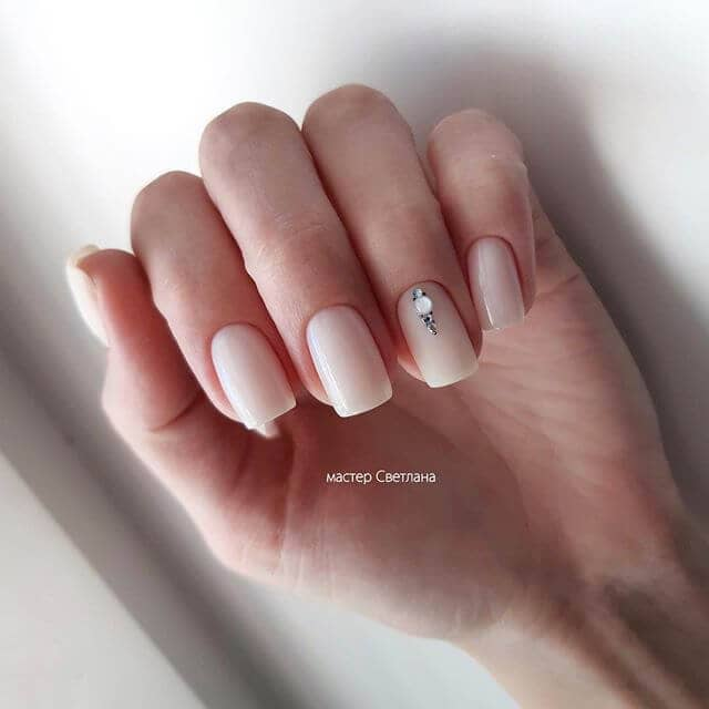 Simple Accent Nail with Studded Detailing