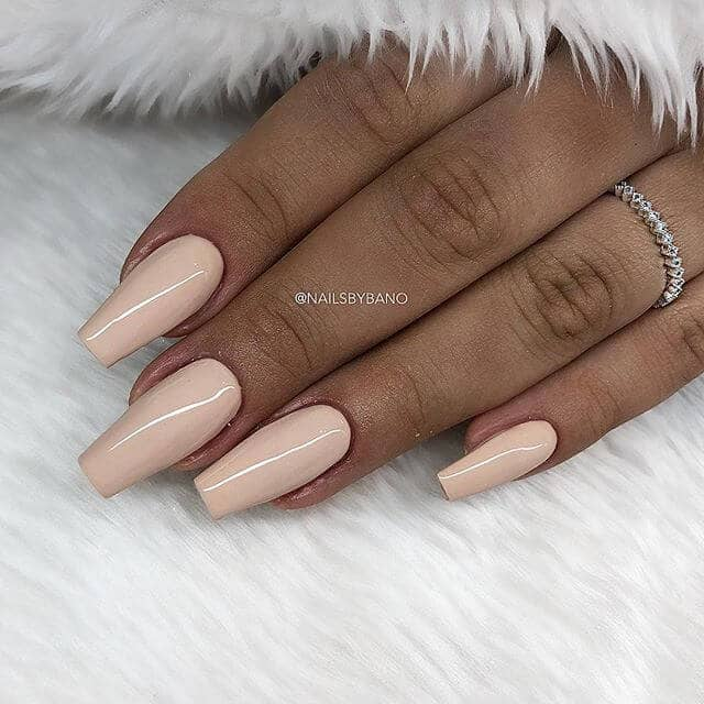 Pale Pink Shiny Pretty Nude Nails