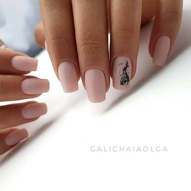Elaborate Accent on Sweet and Simple Pink