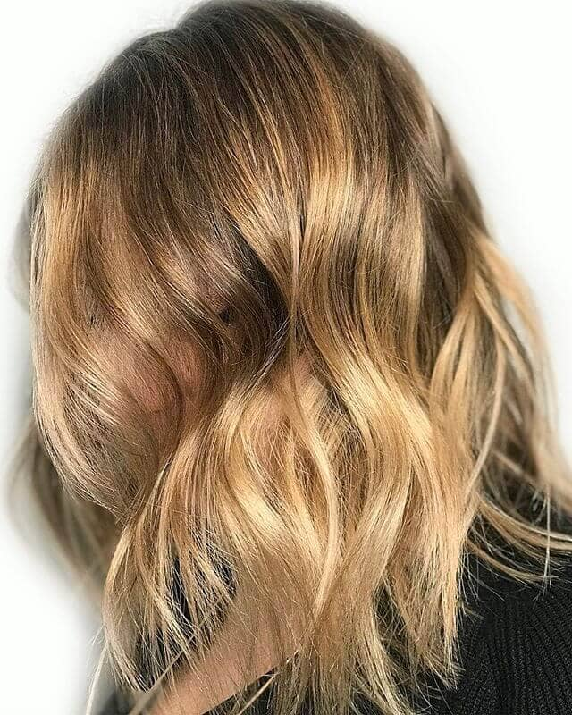 Wavy Long Bob with Golden Layers