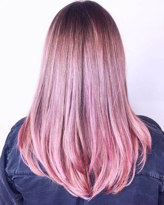 Subtly Superb Pink Hairstyle Idea