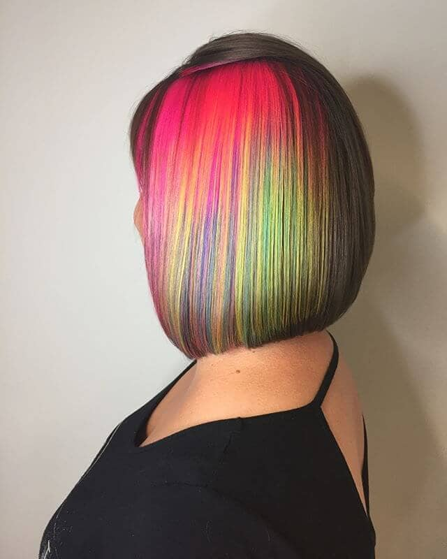 Beautifully Vibrant Mini-Streaks for Short Bangs and Bob