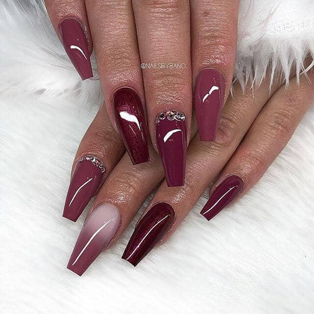 Shades of Burgundy Multicolor Mani