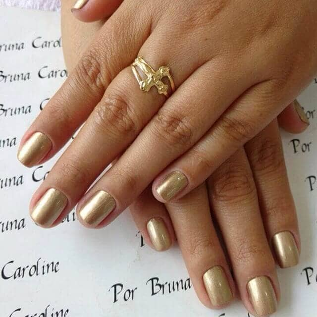 Good as Gold Simple Nail Art