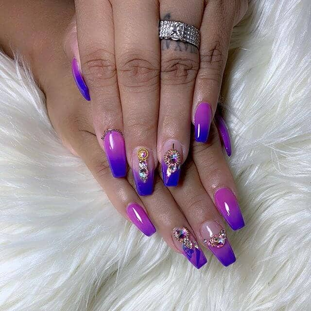 Nails-Born to Stand Out