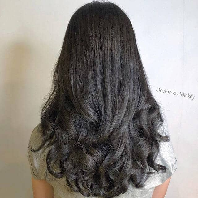 Gorgeously Simple Loose Perm Hair