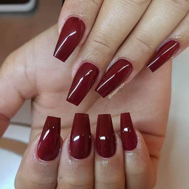 Dramatic and Sexy Red Nails