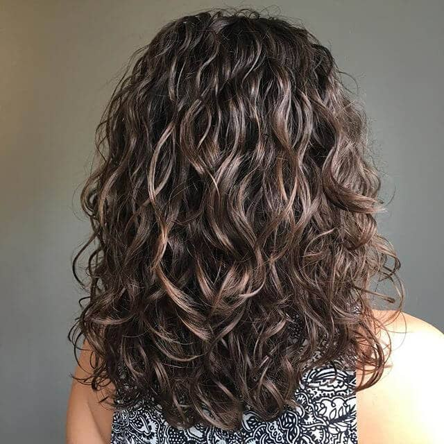 Beautiful Loose Layered Curls Hairstyle