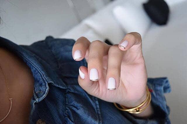 Regal White Nails с металлическим наконечником