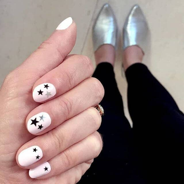 Easy and Fun Super Star Nails