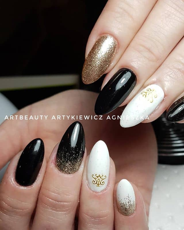 50 Stunning Black and White Nail Designs that are Easy to