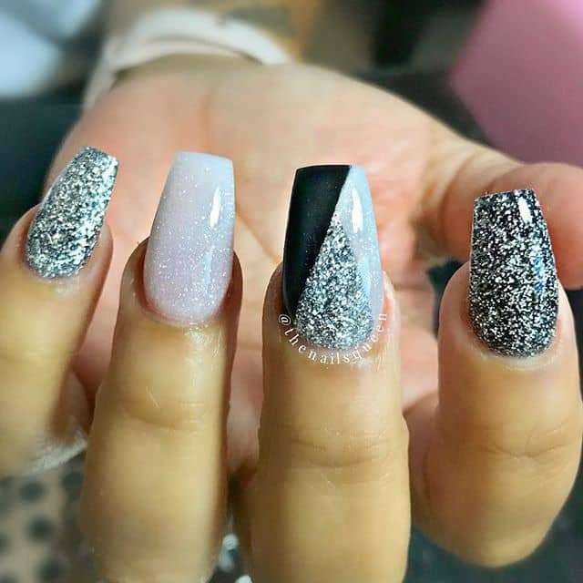 Christmas Nails On Black Hands: 50 Stunning Black And White Nail Designs That Are Easy To