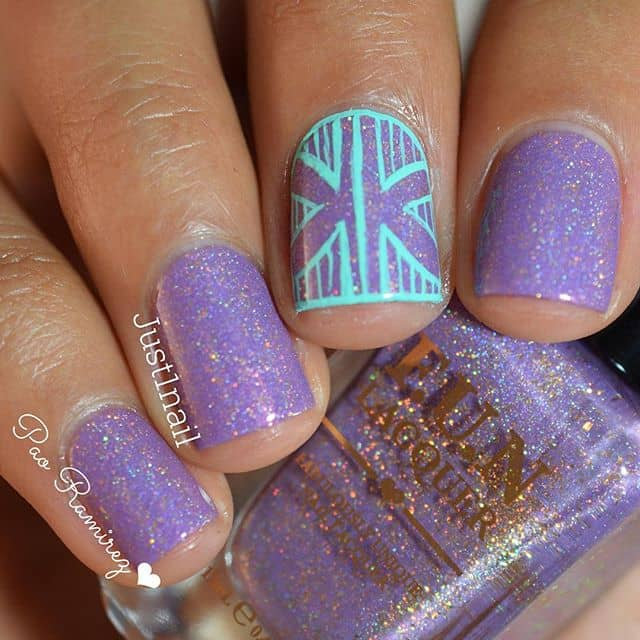 Cool Hand-Drawn Design over Light Purple Nails