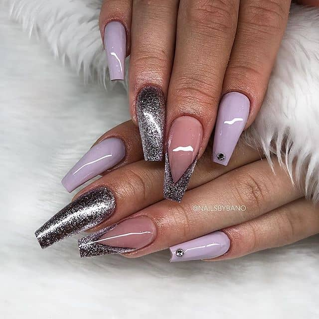 Light Lavender and Metallic Nail Design