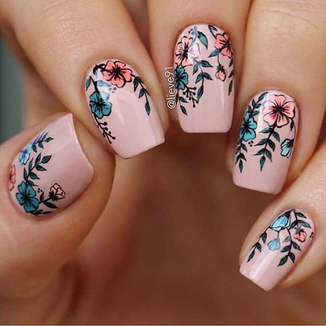 Soft Pink Nails with Beautiful Flower Designs