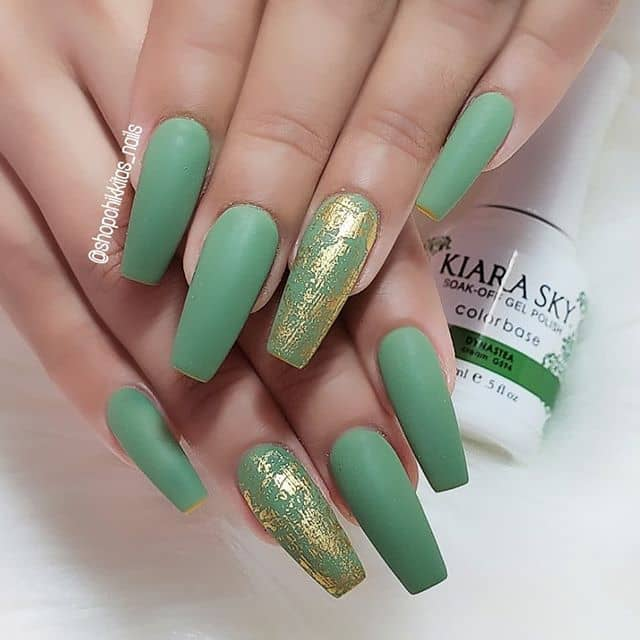 Matte Green with Gold Accent Design Nail