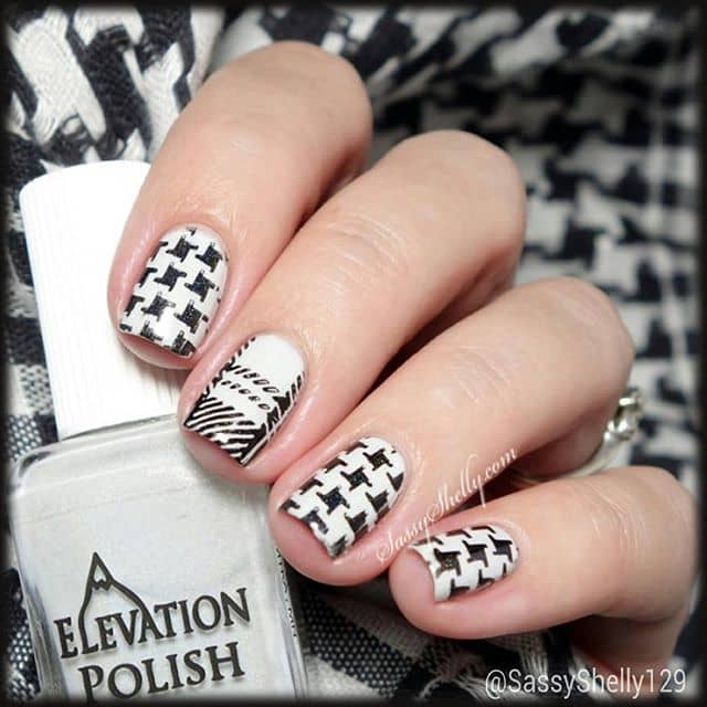We're Going Crazy for Houndstooth