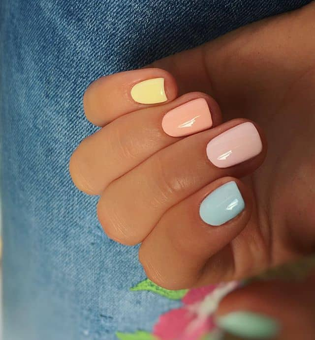Cute and Simple Pastel Rainbow Nails
