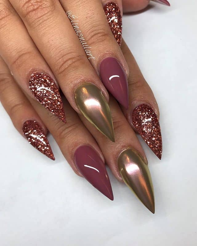 Regal as a Queen Stilleto Metallic Tips