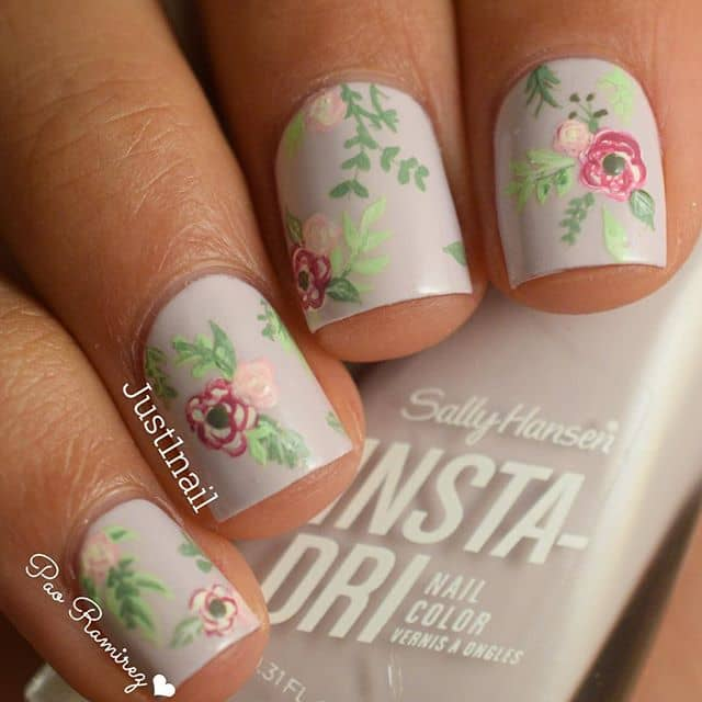 Beautiful and Varied Romantic Nails