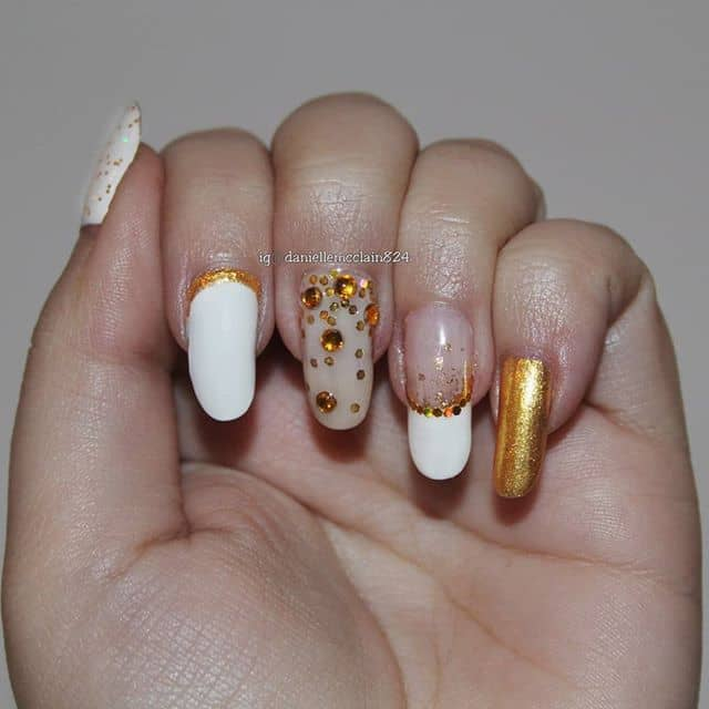 Art Gallery Style White and Gold Nails