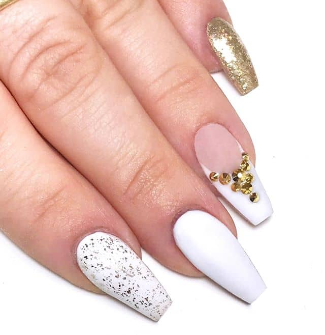 Rock-Inspired Jewel Nails Give You Variety
