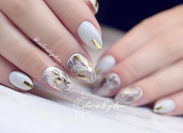 Mystifyingly Beautiful Nails Look Like Constellations