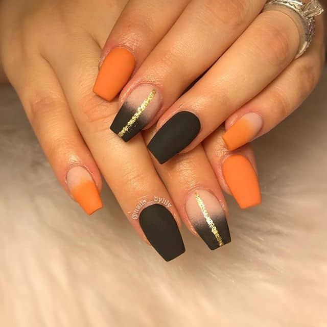 Unique Nails for an Elegant Matte Finish