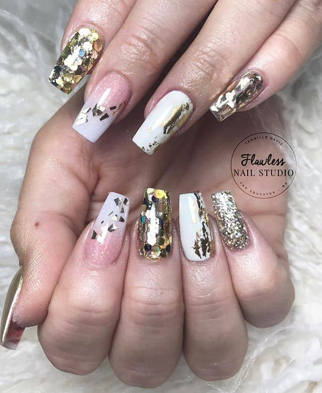 Cute Geometric Nail Design with Variety