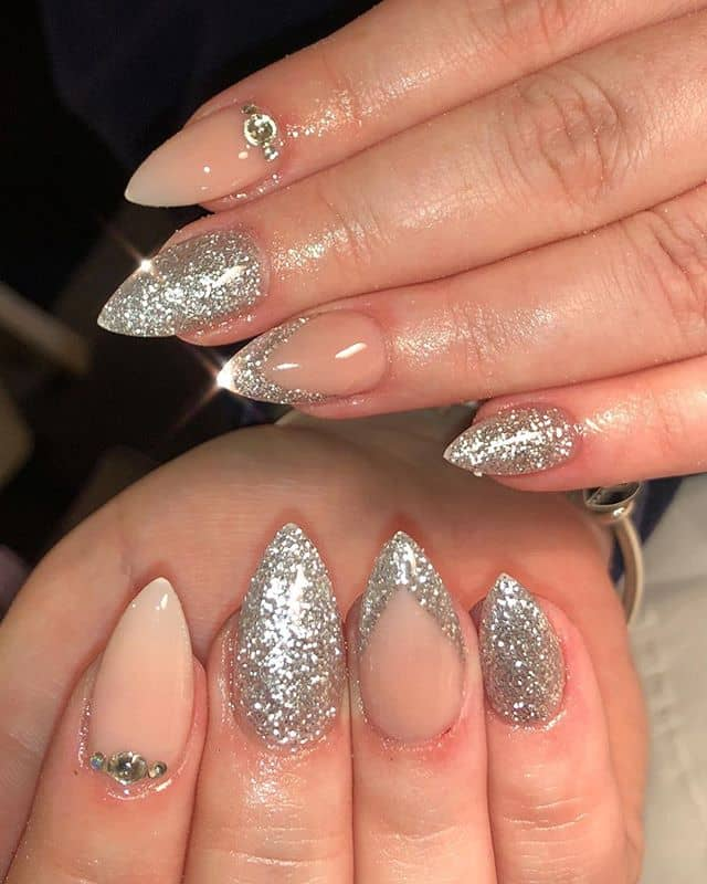 Natural Beauty Pointed Silver Nail Ideas